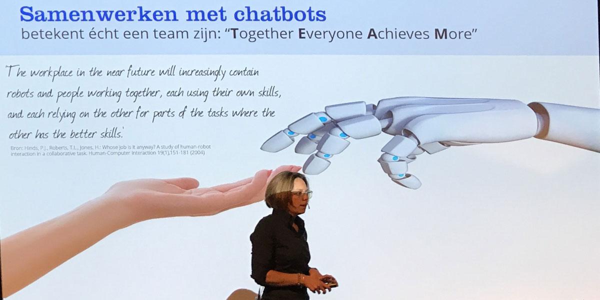 CASE Bol.com over samenwerken met chatbots collega's